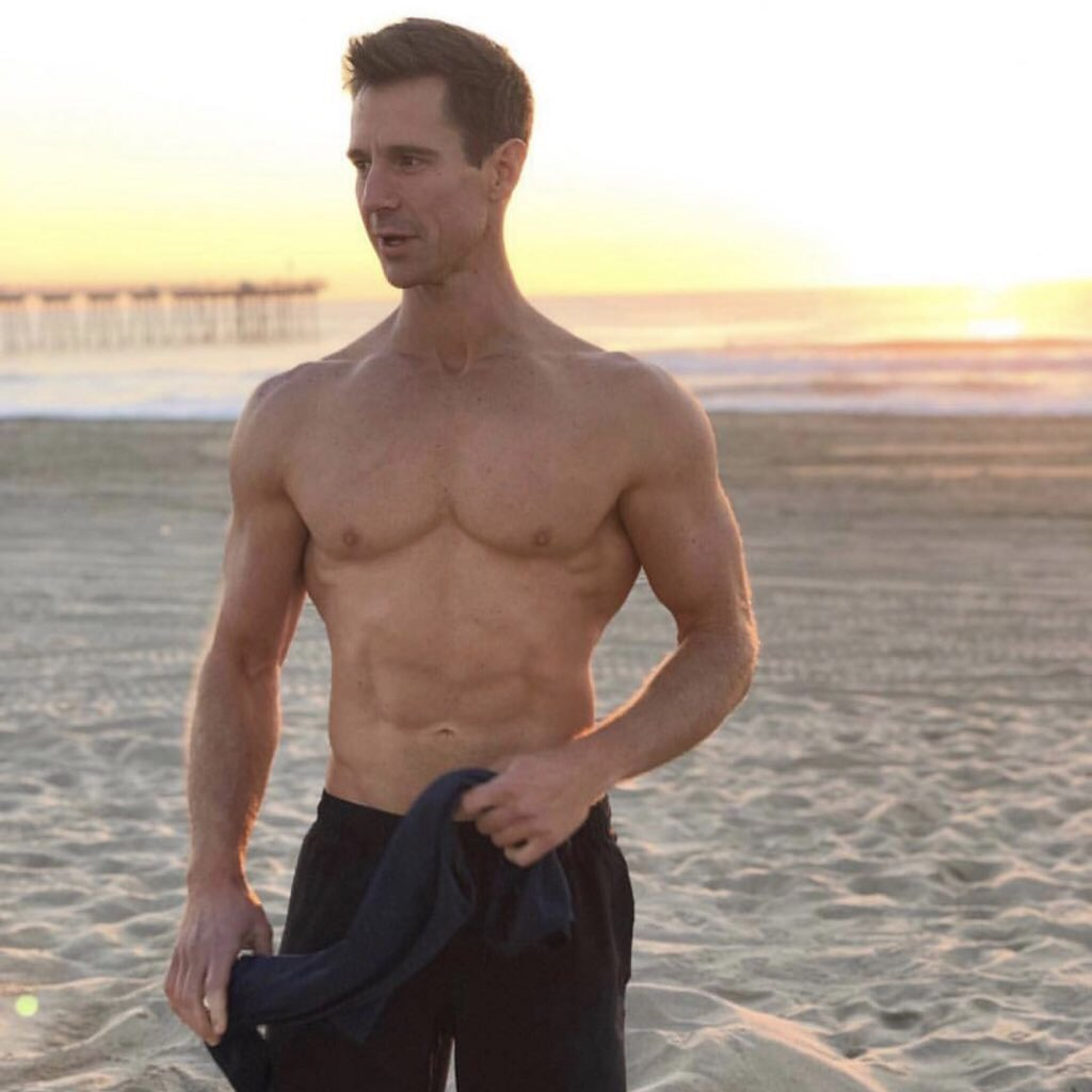 """""""Veronica Mars"""" Just Posted A Thirst Trap Of Logan Echolls And I Need The Reboot ASAP"""