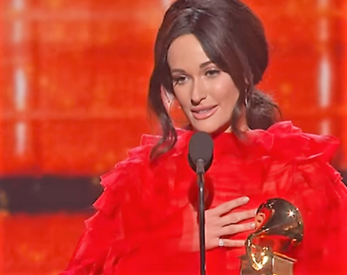 Kacey Musgraves - 4 awards at GRAMMY 2019  [video]   http:// bit.ly/2SnuDUd  &nbsp;    #music<br>http://pic.twitter.com/llDTVddDFe