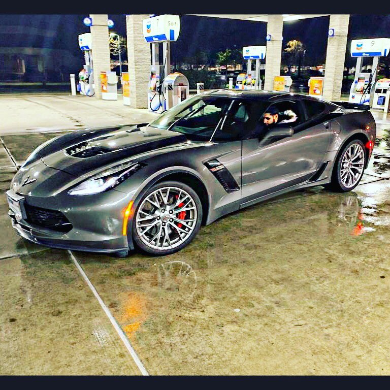 American Muscle. Because the king of the jungle should roar, not whistle #carlovers #Z06 #corvette #speed #power