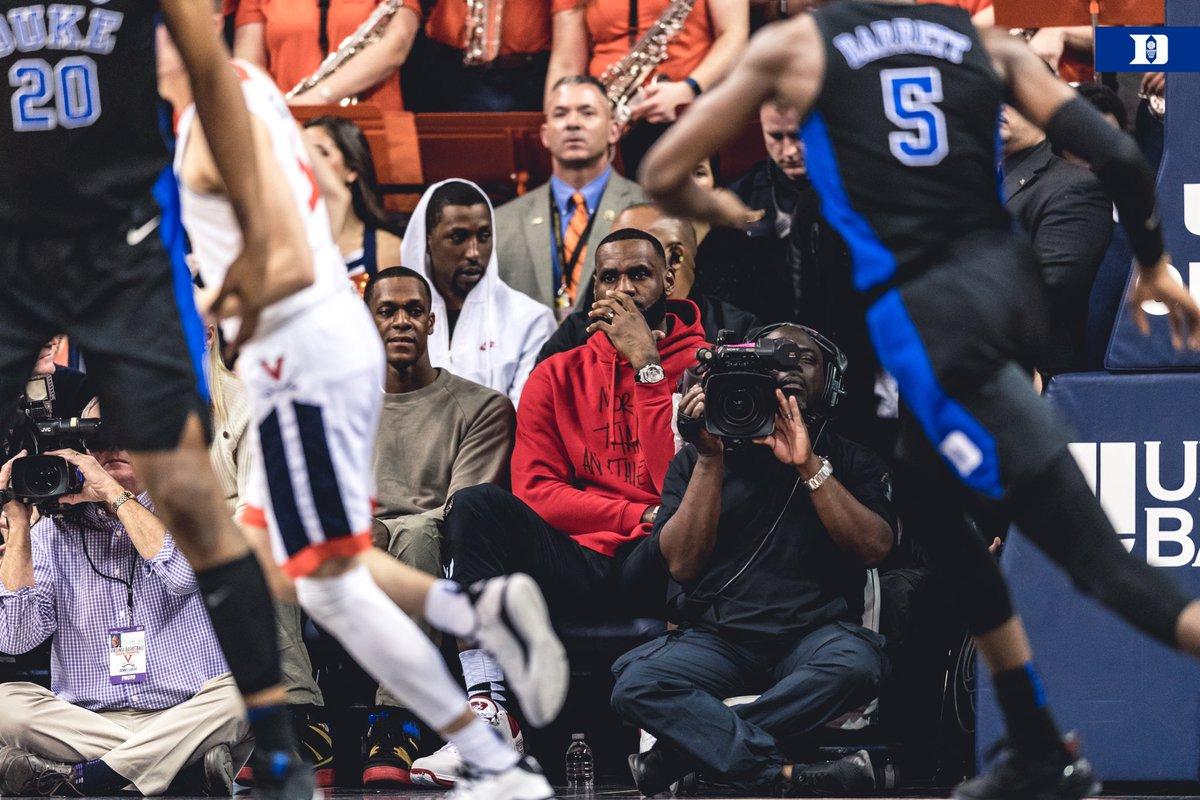 【影片】肉眼可見的天賦!Zion Williamson上演超恐怖阻攻封殺對手-籃球圈