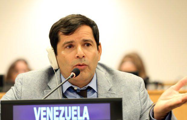 Maduro: Si algo me pasa, ¡retomen el poder y hagan una revolución más radical! - Página 7 DzAUrwfXgAAfqiG