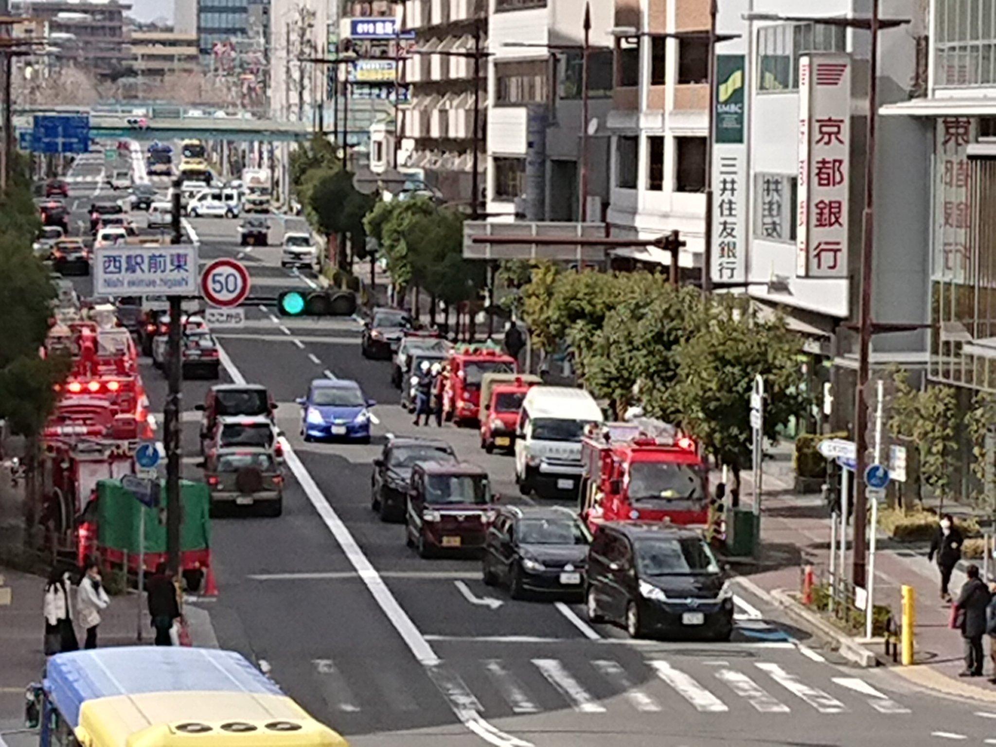 画像,茨木駅駅まで車で来たんだけど、なんか煙たいなーと思ったら火事( °_° ) https://t.co/phVrcSFrvy…