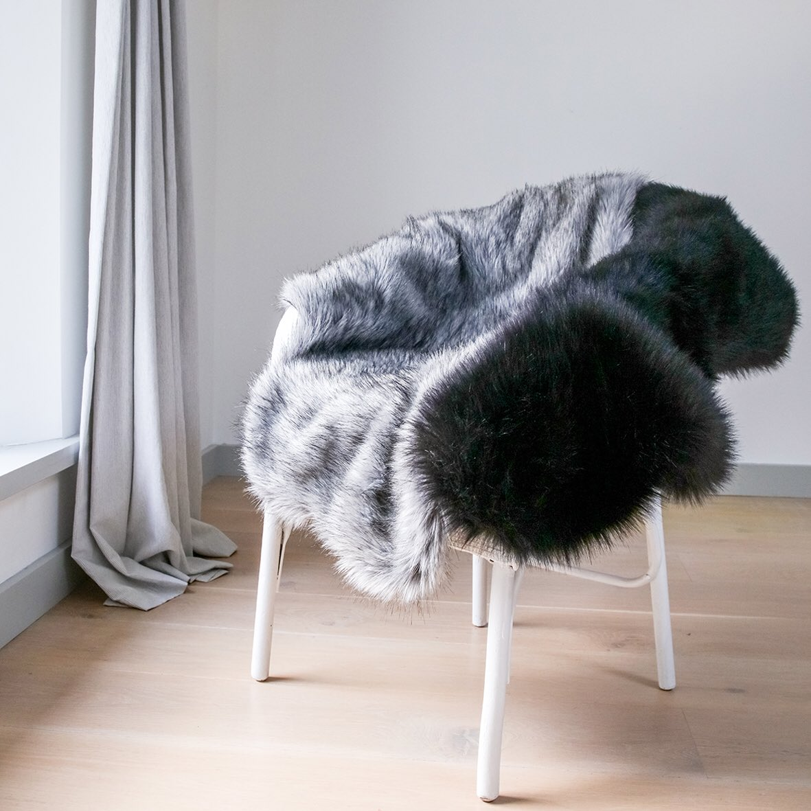 0e3638ce We're giving away a Comforter worth £173 in a faux fur of your choice  https://blog.helenmoore.com/2019/02/06/win-a-helen-moore-comforter-throw/ …