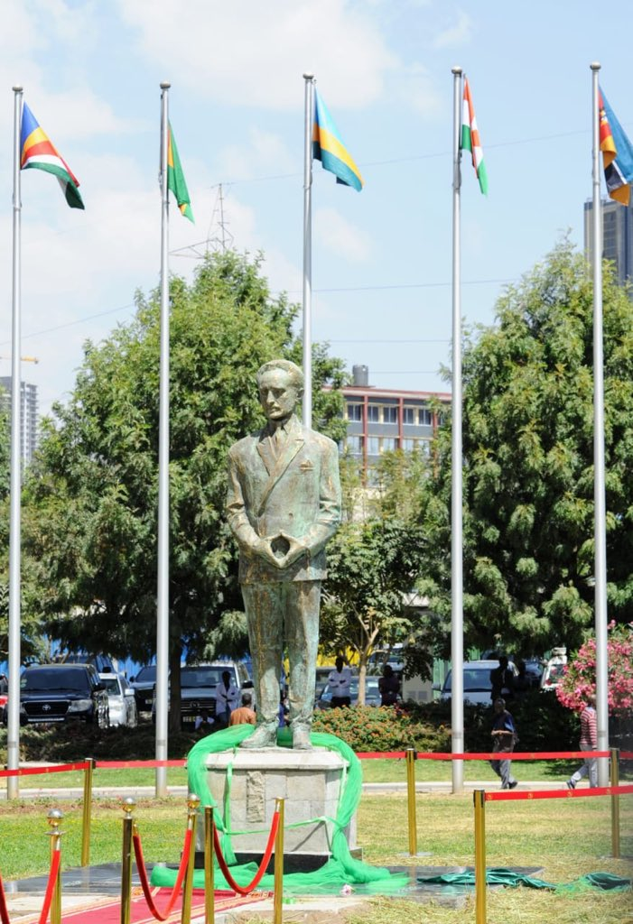 The commemorative statue of Emperor Haile Selassie is an important recognition of the Emperor's contribution to Africa's liberation and unity leading up to the founding of the Organization of African Unity in 1963.  #BetterAfricaBetterWorld