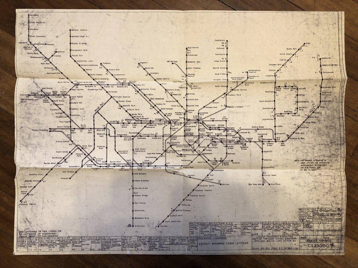 DzClr9 WsAAZ6ad - Jubilee Line 40th Anniversary