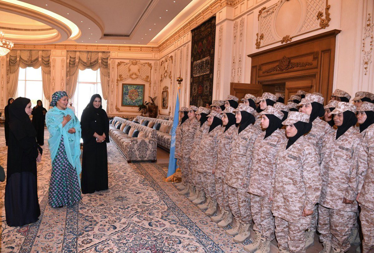 Women are deployed in all areas of @UNPeacekeeping – police, military and civilian – and continue to make a positive impact. I met HH Sheikha Fatima bint Mubarak and participants in #Arab women military and #peacekeeping training. Read: https://peacekeeping.un.org/en/women-peacekeeping …
