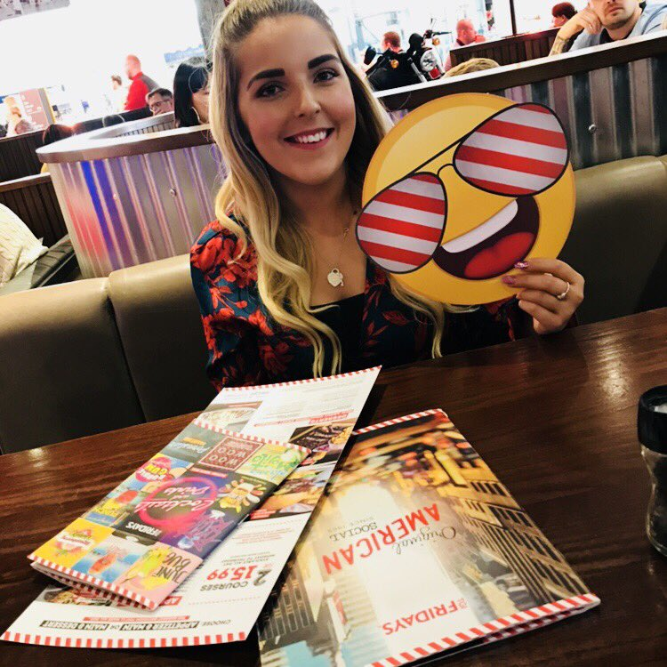 Day date courtesy of the @intuMetrocentre! 💘 We've just had a three course meal at @TGIFridaysUK and now we're gonna burn it off (kinda) with a game of bowling 🎳 #IntuPerfectDate