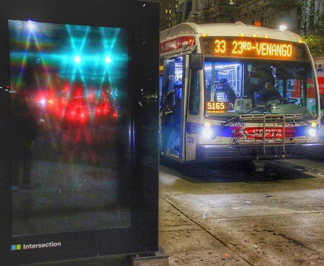 Bus stop, Philadelphia, 6:02 pm... #bus #transit #publictransit #publictransport #septa #iseptaphilly #septasocial #streetclassics #street #streetphotography #streetphoto #busstop #philadelphia #philly #phillygram #phillymasters #phillyprimeshots  #howph… http://bit.ly/2N5i9Lb