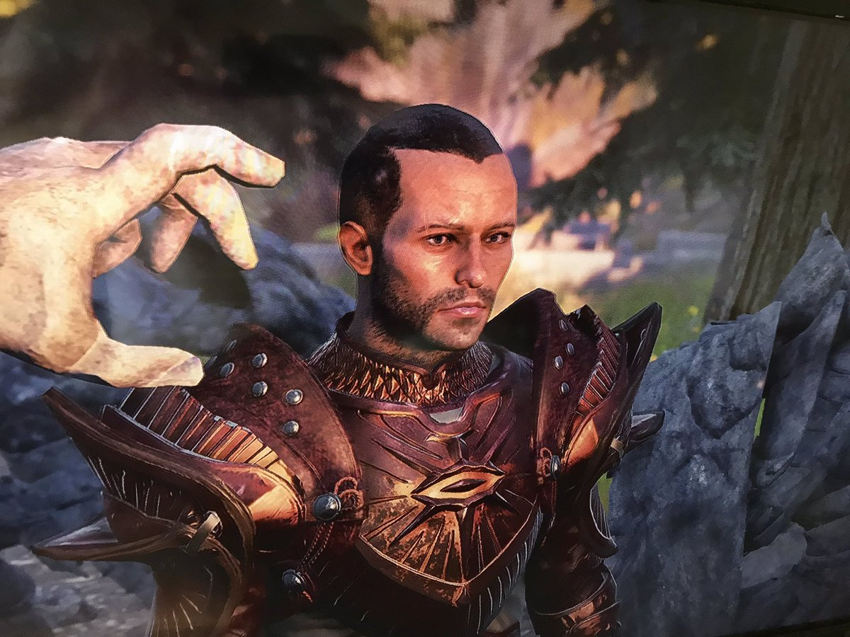 Never Really done cosplay but if anyone can re-create my custom made armour in @dragonage I'm in.