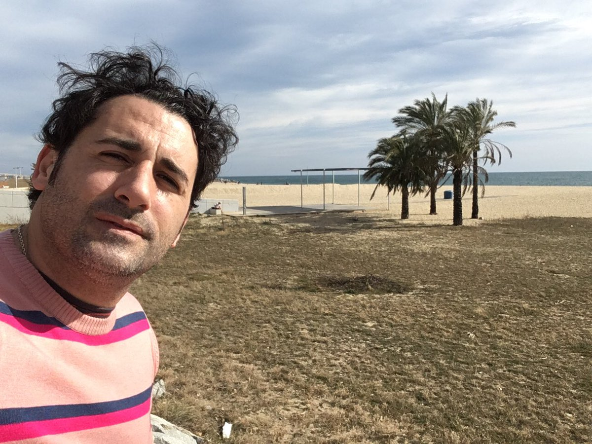 Disfrutando del #sunday en la #beach #playa #rock #grunge #Progressiverock #love #nature #peace #ujaque #ujaqueplaying