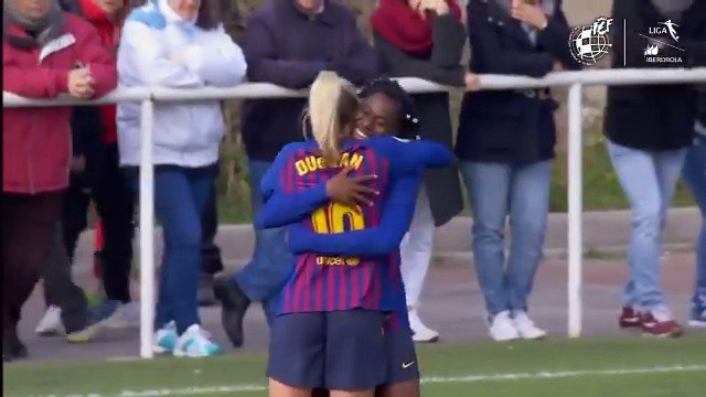 '62 ▶️ Comes on for debut '63 ⚽️ First #LigaIberdrola goal  @AsisatOshoala made the perfect start to life at @FCBfemeni! 🔥🇳🇬