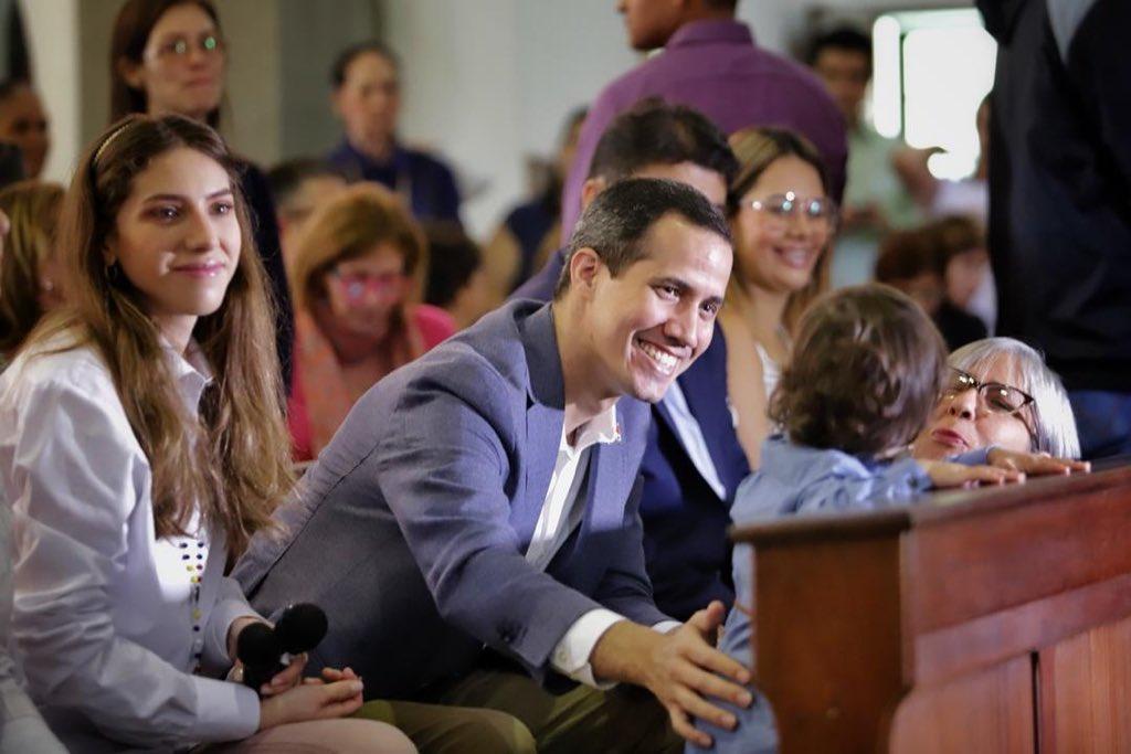 Juan Guaidó's photo on La Fe
