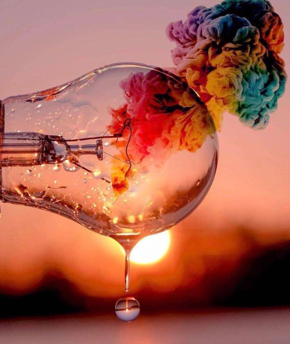 لا تضع حدودا لخيالاتك ... احلم ثم احلم احلم فلابد يوما ان تمطر سماوات الأحلام غيثا  وفيرا ....📽📸🎞🦋💌