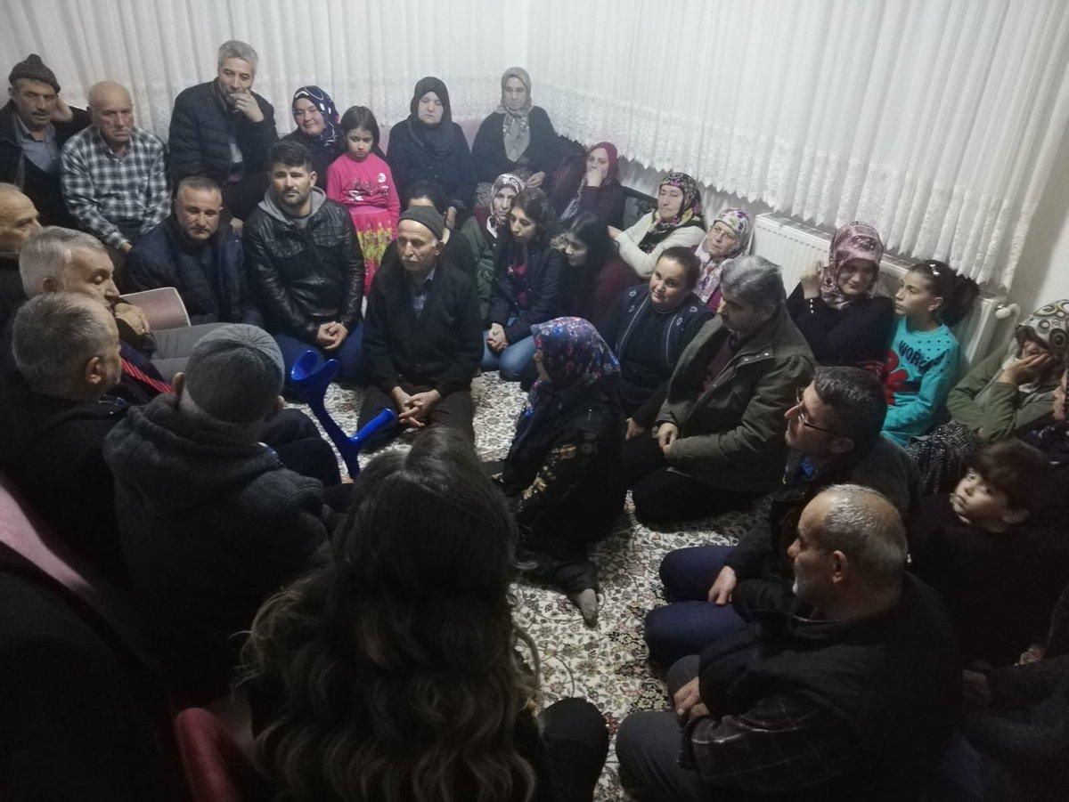 Bu akşam Himmet Çay ve  Mehmet Turhan kardeşlerimizin evlerine misafir olduk. Daha sonra Zafer Mahallesi Gençleri ile bir araya gelerek muhabbet ettik, dertleştik, fikir alışverişinde bulunduk. Misafirperverliklerinden dolayı çok teşekkür ederim.
