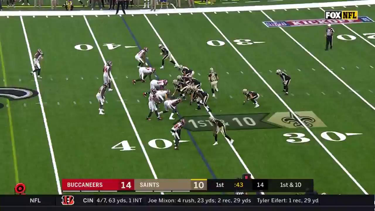 If it's thrown his way, he's probably catching it ��  The best of @Cantguardmike's 125 catches in 2018! https://t.co/xCGDxrB3iz