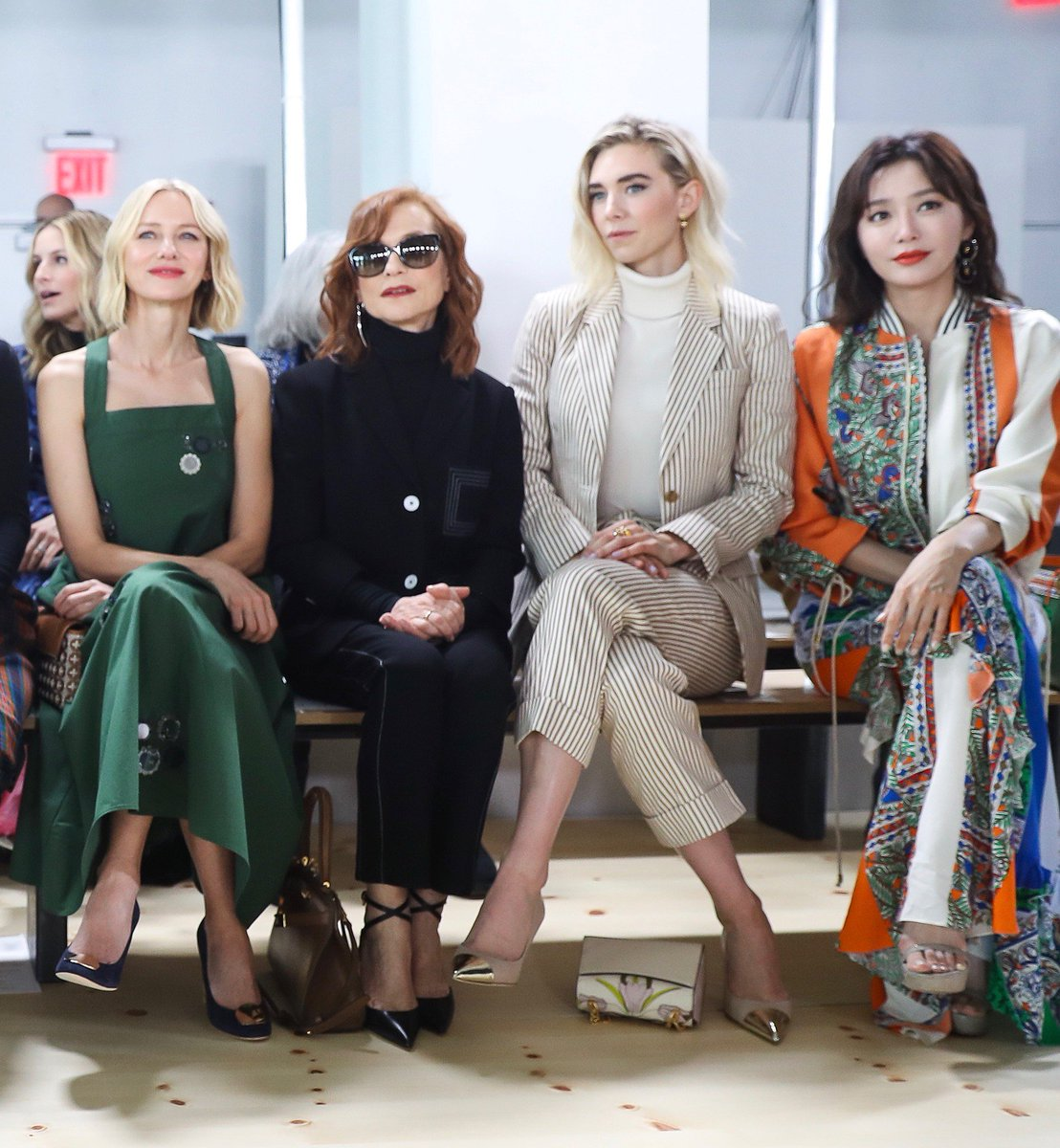 The front row at #ToryBurchFW19 #NaomiWatts #IsabelleHuppert @VanessaKirby #Qinlan
