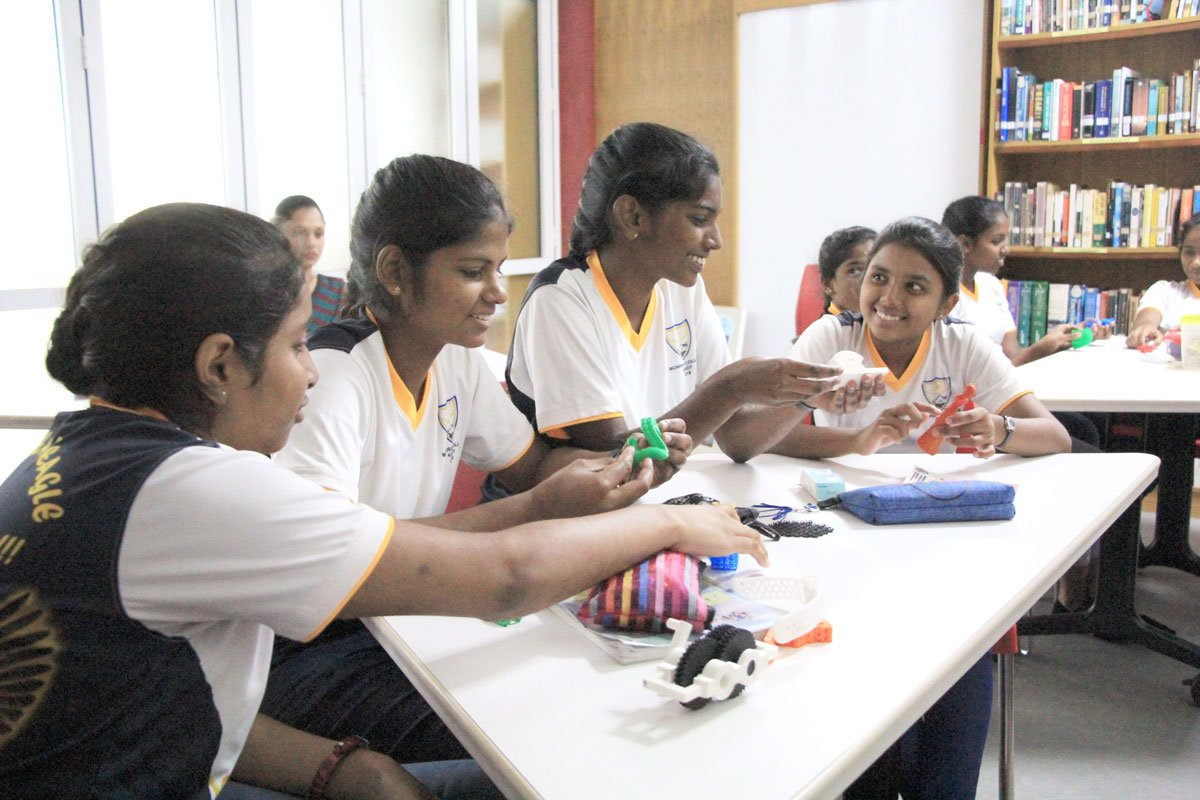 Since today is International Day of Women and Girls in Science, we recognize the young #SriLankan women who visit our #AmericanCorners to build their #STEM skills.  #GirlsInScience become women in business, leaders in education, and advocates for progress & prosperity.