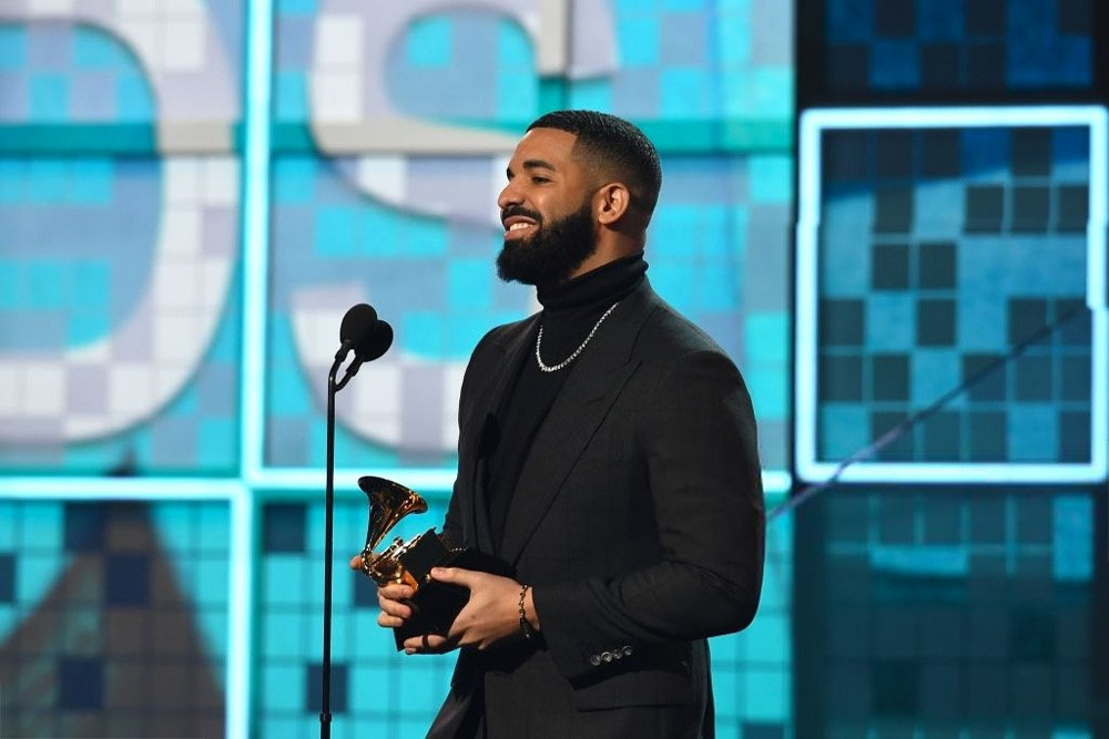 'If there's people who have regular jobs who are coming out in the rain, in the snow, spending their hard-earned money to see your shows...You don't need this right here...You already won'   —@Drake accepting Best Rap Song at the  #GRAMMYs