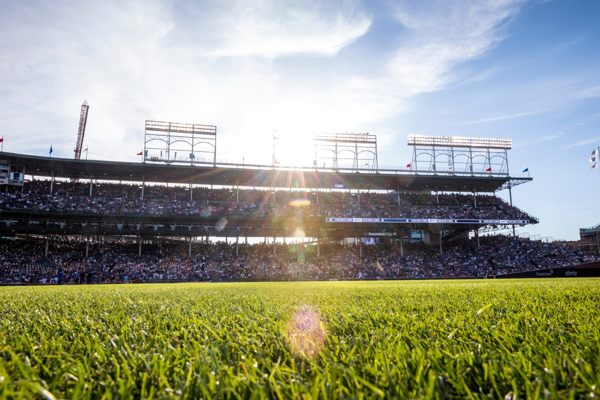 There's no place like Wrigley Field.  ⚾️➡️ https://t.co/fNyUgUNnc2 https://t.co/3yqAHpdFBe