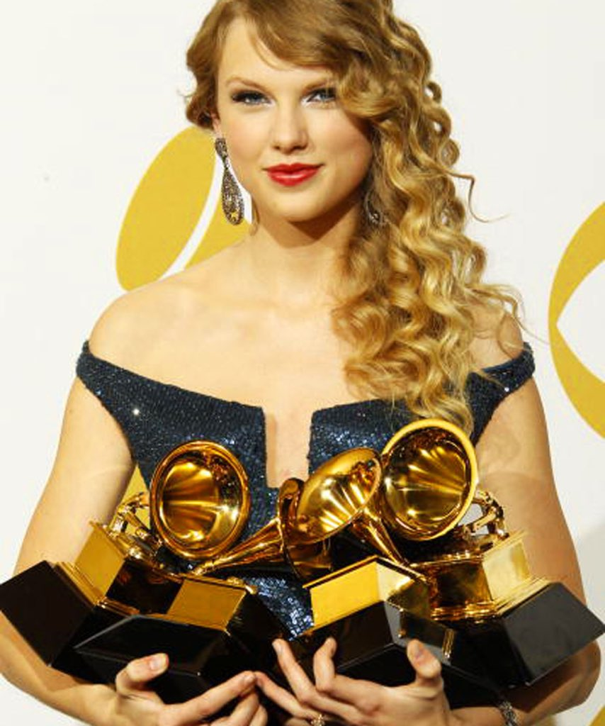 Taylor didn't win a #Grammy, but just a Swiftie Friendly Reminder that she has 10 Grammys, she was the first artist to ever win Album of the Year, &amp; the first female artist to ever win Album of the Year twice at the Grammys. #Fearless #TS1989 #TaylorSwift #Swifties<br>http://pic.twitter.com/SnEjsFAz2K
