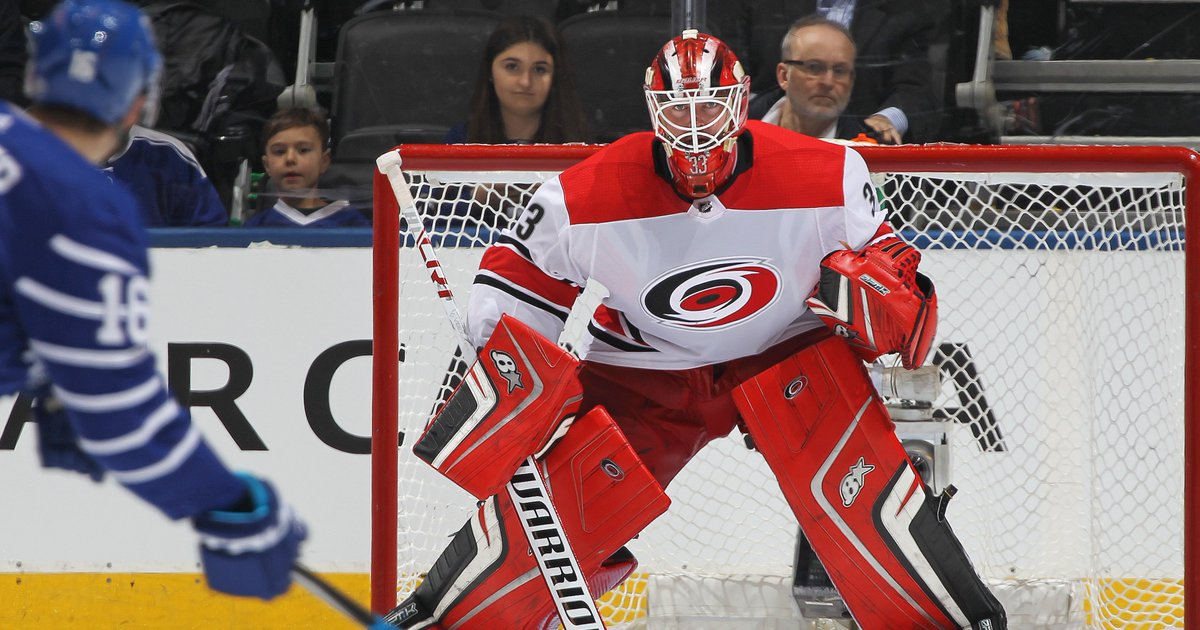 hurricanes scott darling taking personal leave of absence c5b78ed43