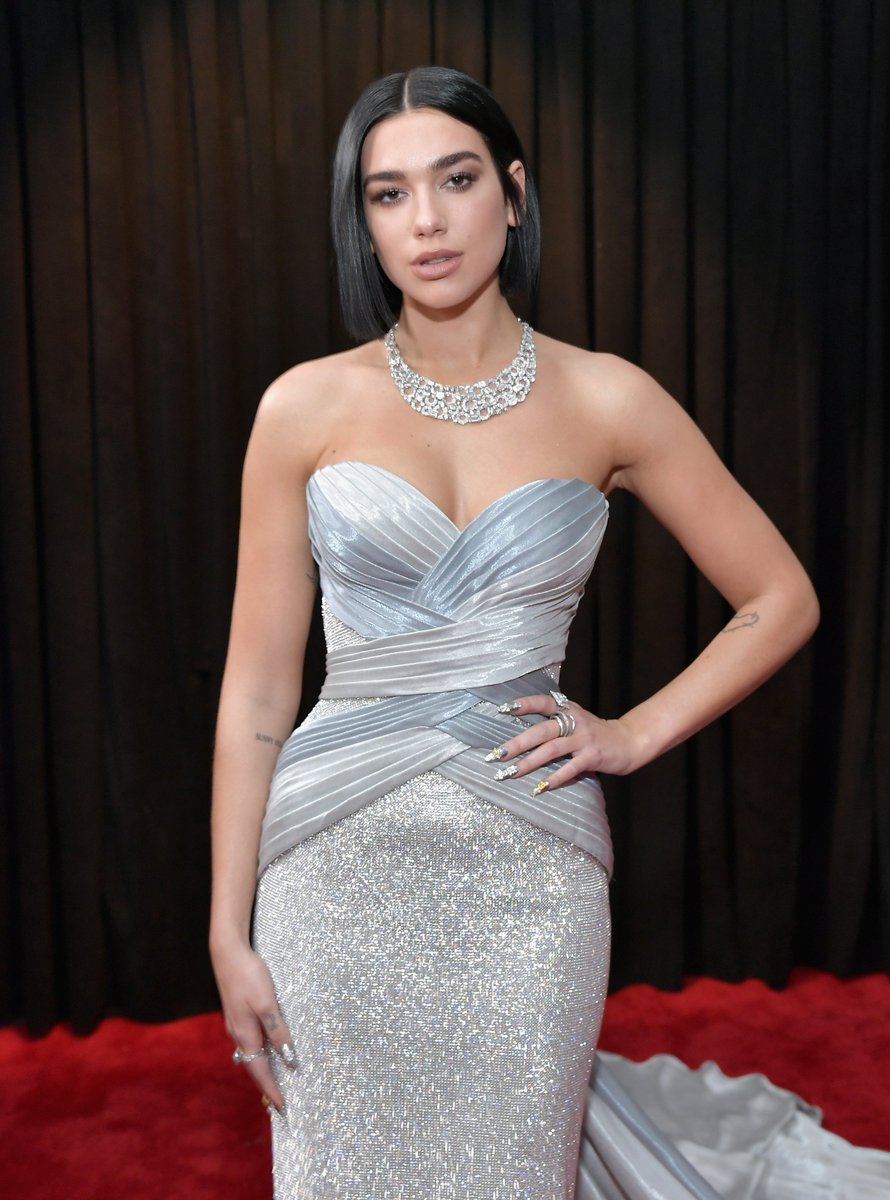 .@DuaLipa is officially a #GRAMMYs 👏 WINNER 👏!  Congrats, girl! #BestDanceRecording #DuaLipa (Pic: @GettyImages)