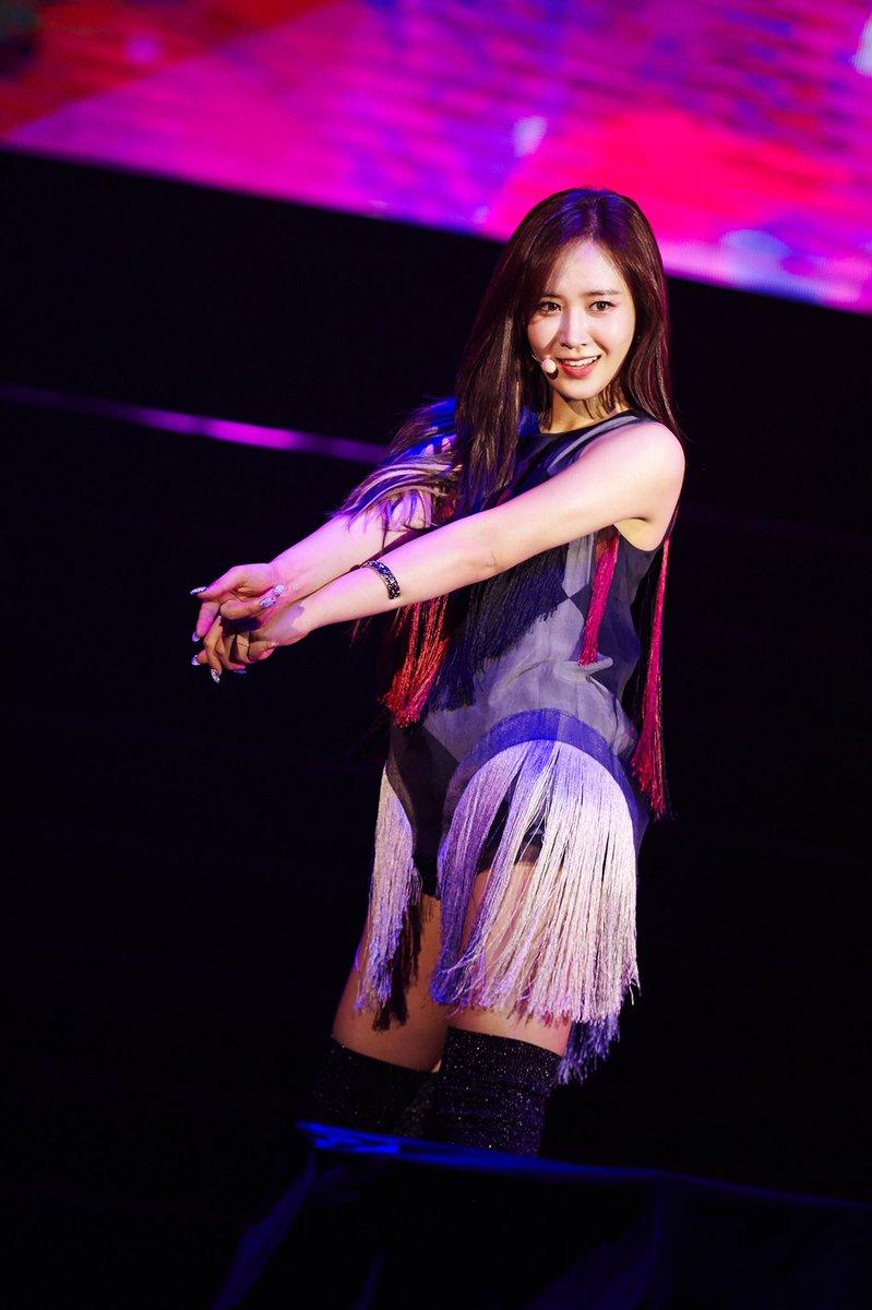 """소녀시대 유리의 첫 단독 아시아 팬미팅 투어 """"YURI 1st Fanmeeting Tour 'INTO YURI'""""가 지난 9, 10일 마카오, 방콕 팬들의 뜨거운 반응을 얻으며 그 포문을 열었습니다!  #유리 #소녀시대 #YURI #GirlsGeneration #YURI_1st_Fanmeeting_Tour_INTO_YURI_1st_Fanmeeting_Tour_INTO_YURI"""