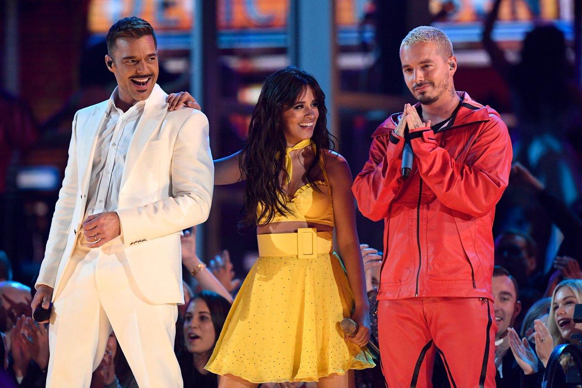 Sí, definitivamente el #LatinPower dominando el escenario de los #Grammys.