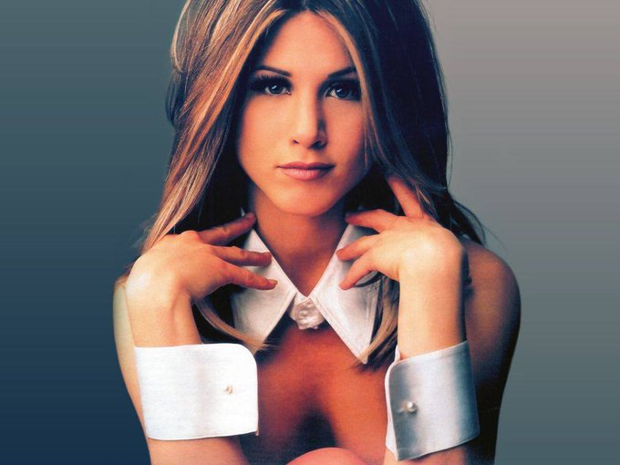 HAPPY BIRTHDAY JENNIFER ANISTON - 11. February 1969.  Sherman Oaks, California, USA