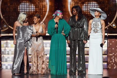 Cbs Los Angeles On Twitter The Moment Everyone Is Buzzing About Former First Lady Michelle Obama Is Flanked By Lady Gaga Jada Pinkett Smith And Jennifer Lopez At The Grammys Cbs2 Kcal9 Entertainment