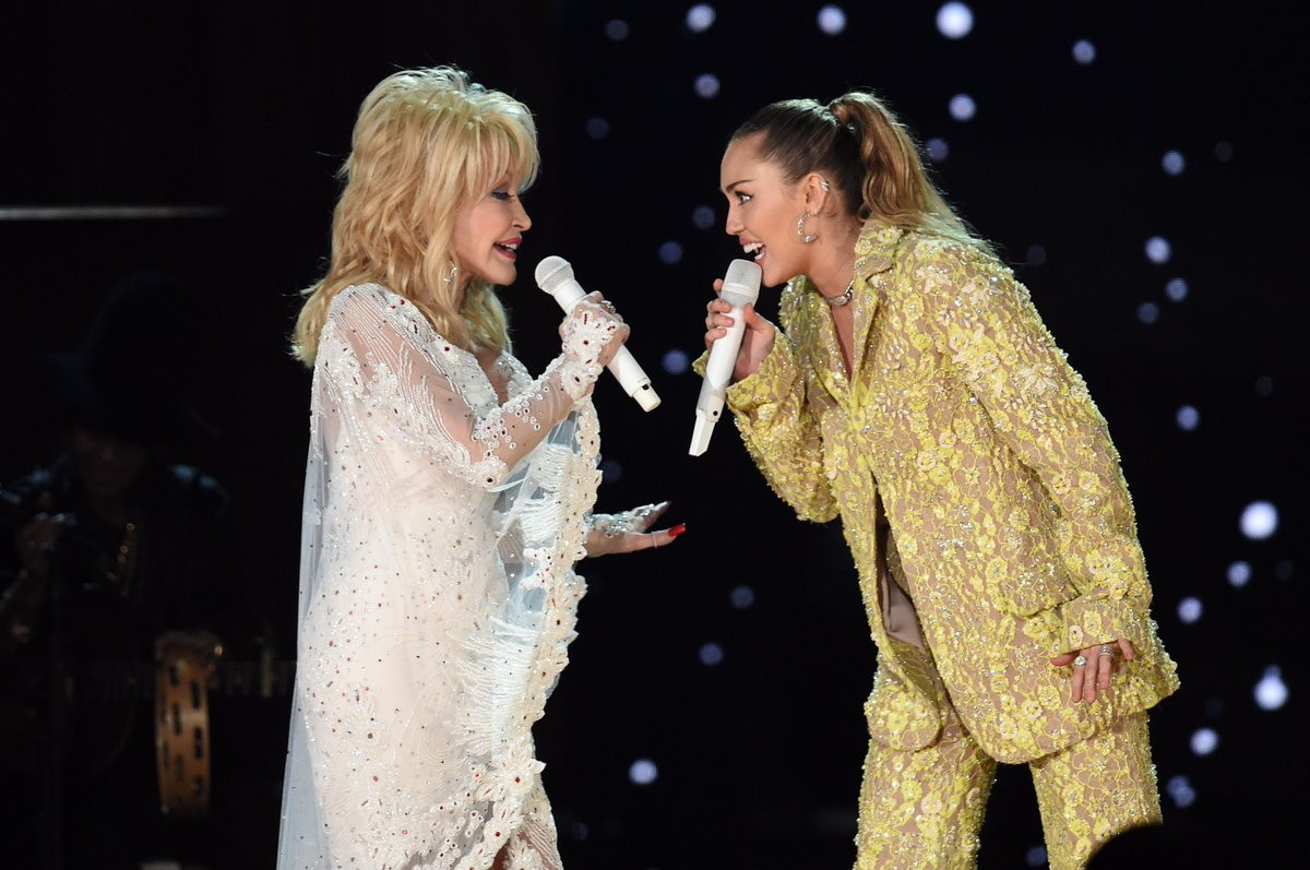 .@Spotify PLEASE add Miley and Dolly's 'Jolene' so we can listen to it forever and ever!!!!!!! #GRAMMYs 😭💕