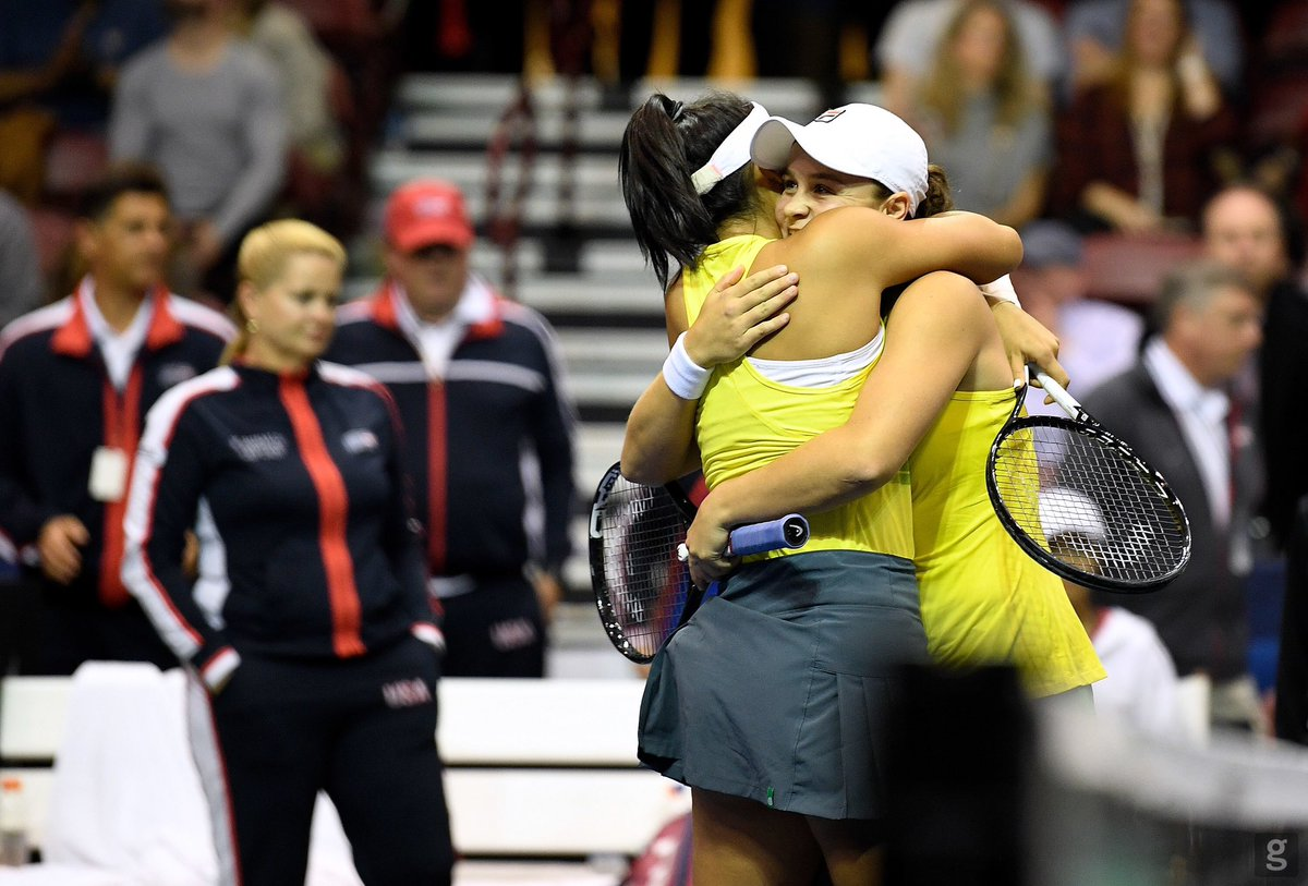 These are the best moments 💛💚 How bloody good is Fed Cup! 🇦🇺