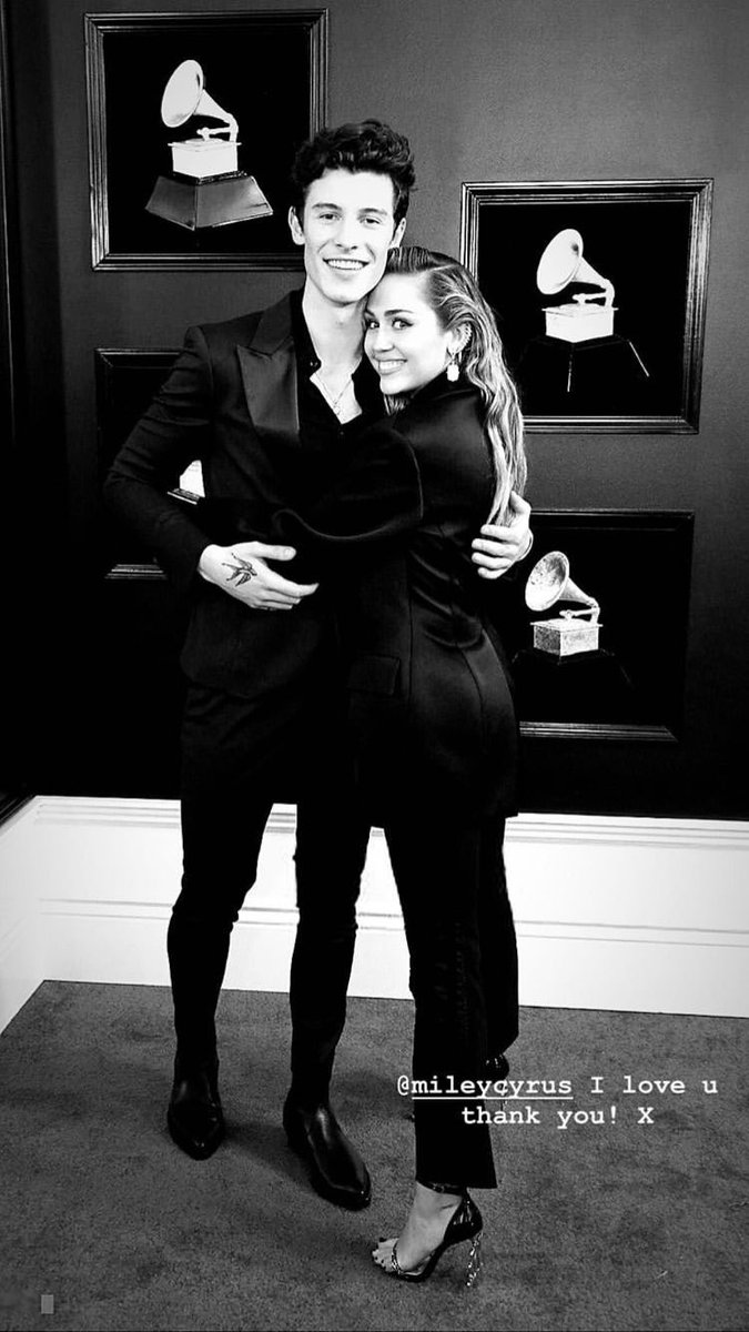Mídia Geriatria's photo on Shawn Mendes