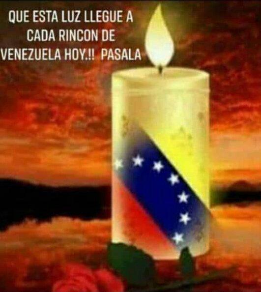 Male's photo on Con Venezuela