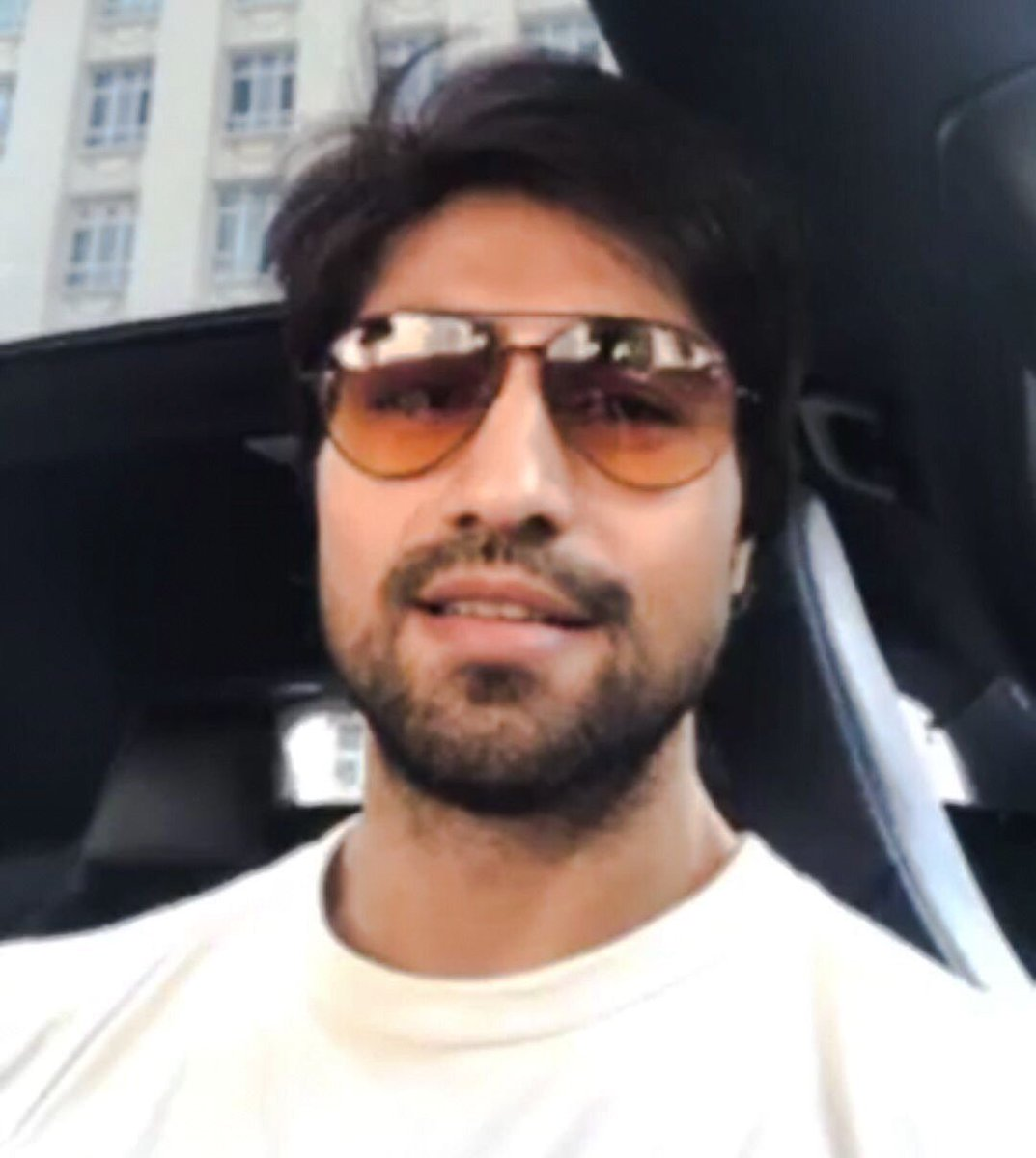 Harshad Chopda Official FC's photo on Hello Monday