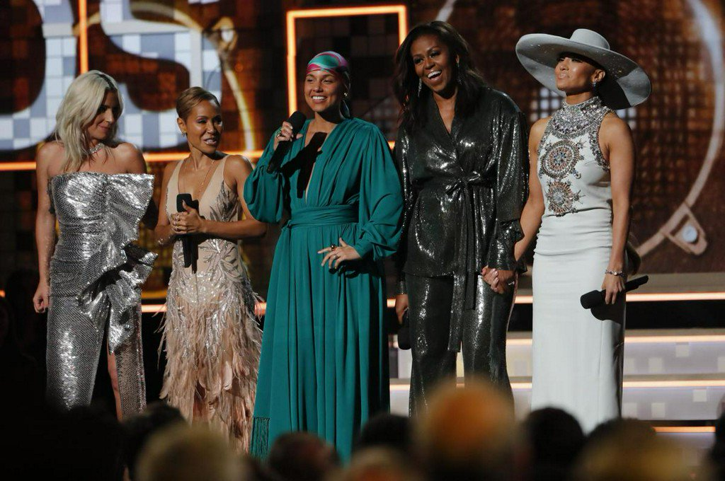 Michelle Obama makes surprise appearance at Grammy Awards https://t.co/lwzTmAyiw3