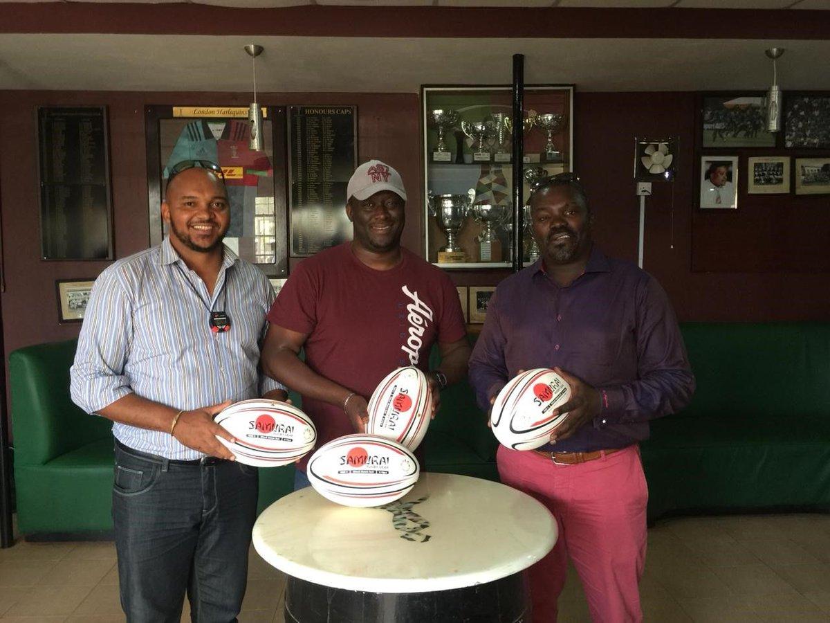 test Twitter Media - 🏈Stanley Omino presents the Samurai-sponsored match balls to head coach Charles Cardovilis before Kenya Harlequins' game against Kabras on Saturday...🏈 @KenyaHarlequins #kenya #kenyaharlequins #rugby https://t.co/MCWpJDCogM