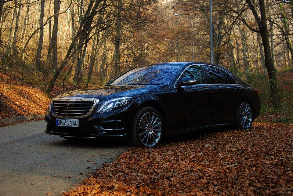 Best luxury cars, 2019.  1. Mercedes-Benz S-Class 2. Range Rover 3. Jaguar I-Pace 4. Tesla Model S 5. Audi A8  6. BMW 7 Series 7. Jaguar XJ 8. BMW 6 Series Gran Turismo 9. Lexus LS 10. Maserati Quattroporte  (Autocar) https://t.co/73eh7yIMsF
