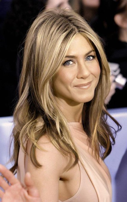Happy 50th birthday to the gorgeous Jennifer Aniston!