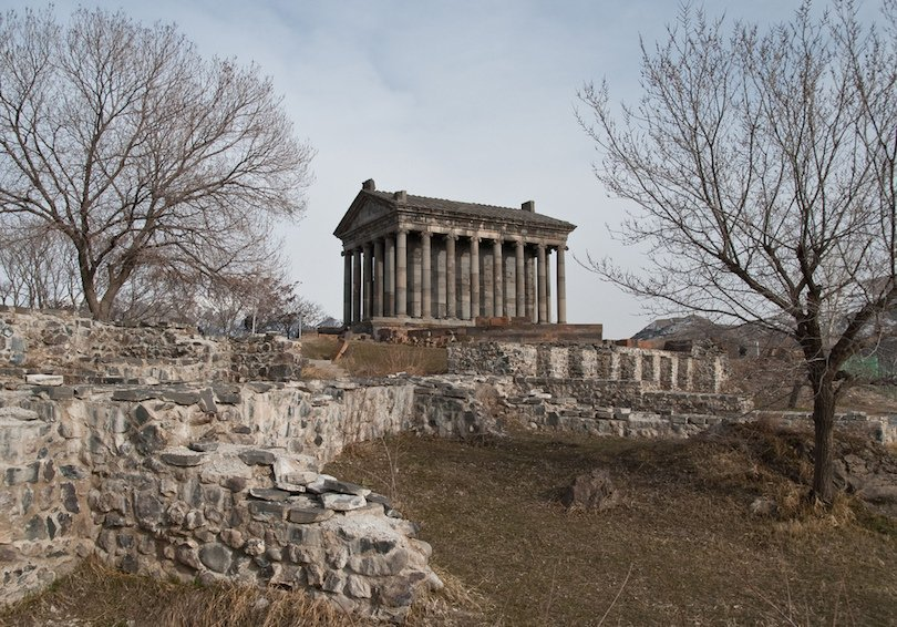 Dedicated to Helios the Roman god of the sun, the Garni temple in Armenia was built by the Armenian King Trdates I in the 1st cent AD In 1679 an earthquake completely destroyed the ancient Roman temple and it lay in ruins until its reconstruction in the 1970s  r/t @archaeologyart