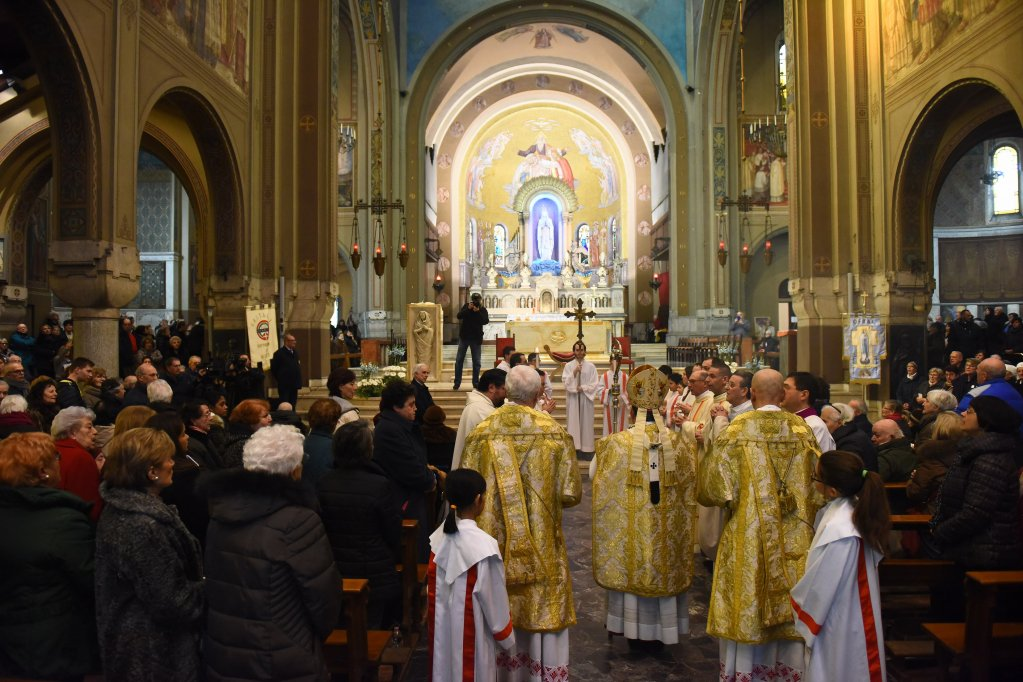 Chiesadimilano.it's photo on #giornatamondialedelmalato