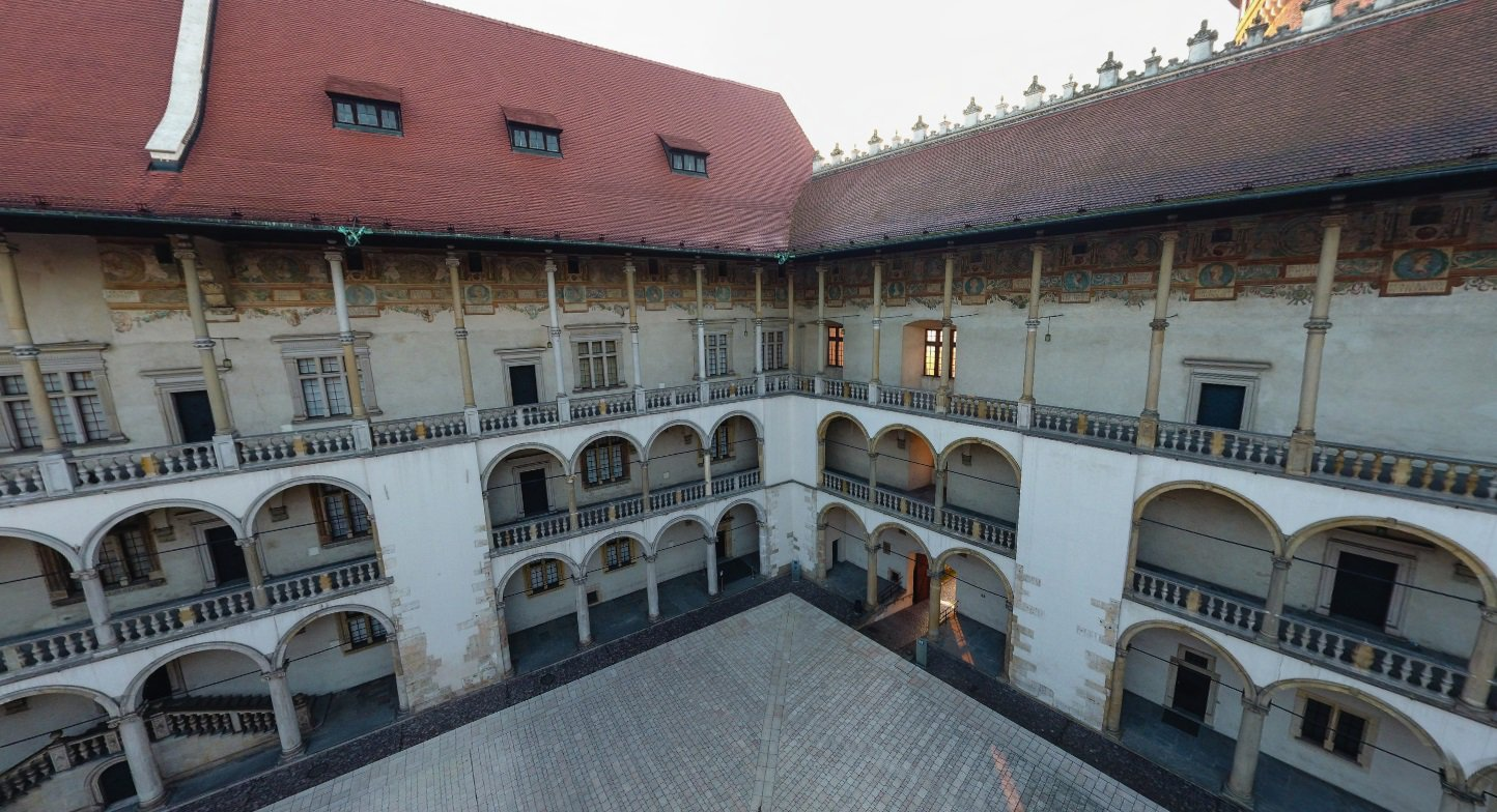 Travel Krakow (Poland): ▶️ Amazing, 360 degrees perspective on #Kraków ▶️https://t.co/6.  Tweet by @kr...