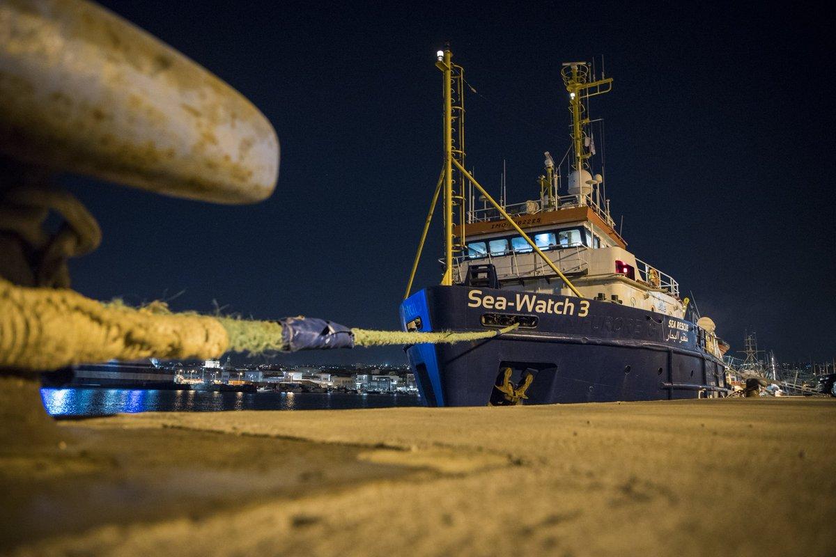 Sea-Watch's photo on #tagdesnotrufs