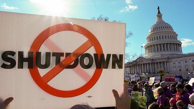 Flight attendant union calls for strike if government shuts down again https://t.co/NYv3aBG416 @HillTVLive https://t.co/Z4kz5G4aN4