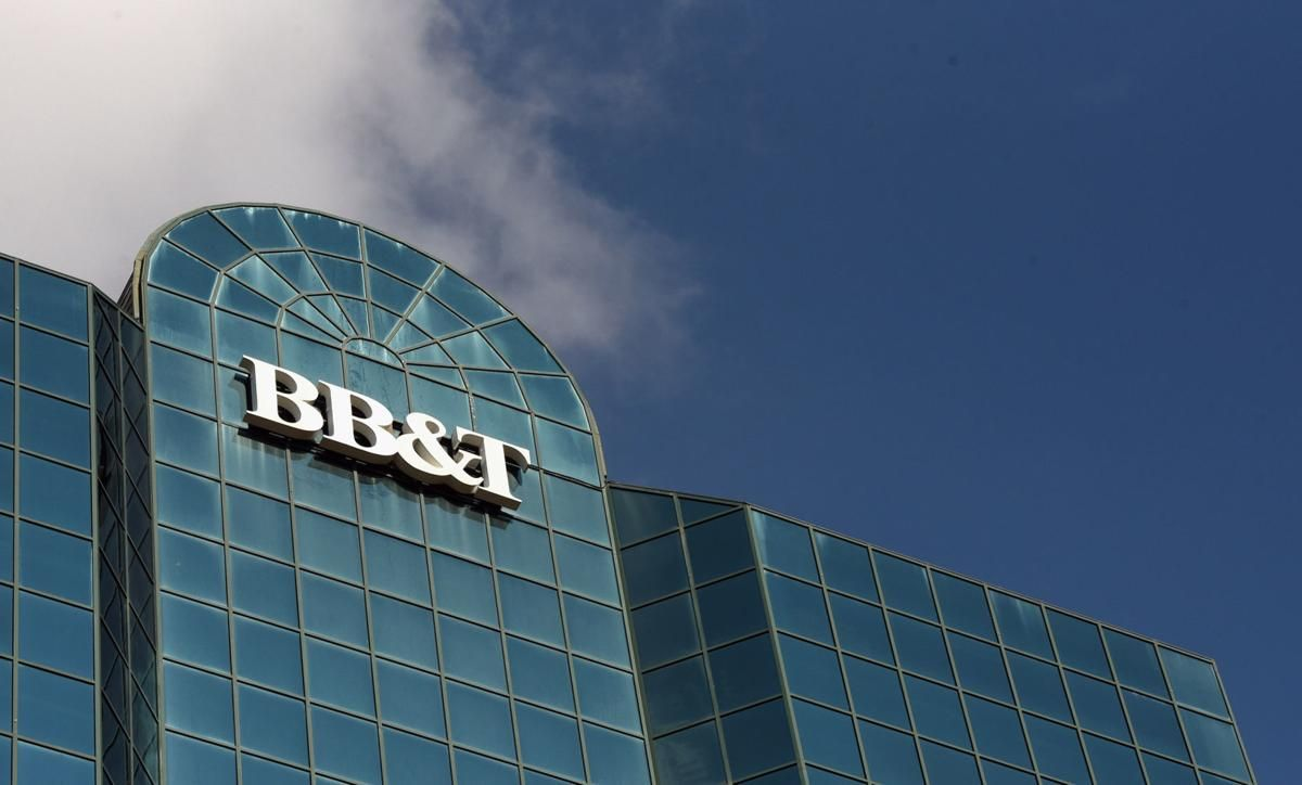 "A new name for BB&T-SunTrust may help deliver new identity to customers. Creating a new brand for two legacy banks w/their focuses firmly in the future ""is both exciting and a little unnerving,"" said @WakeForestBiz retail expert Roger Beahm https://t.co/vVIOg9XQMR @JournalNow"