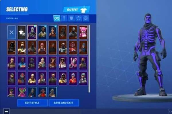 OG Skull fortnite account for sale selling it for a reasonable price no messers please.. can be linked too any console #fortnite
