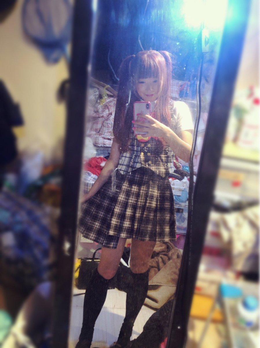 スカートの丈がホントにオシャレおもしろ可愛い💓✨ディアステージ制服を着たYOー(ノ∀`*)!💛✨