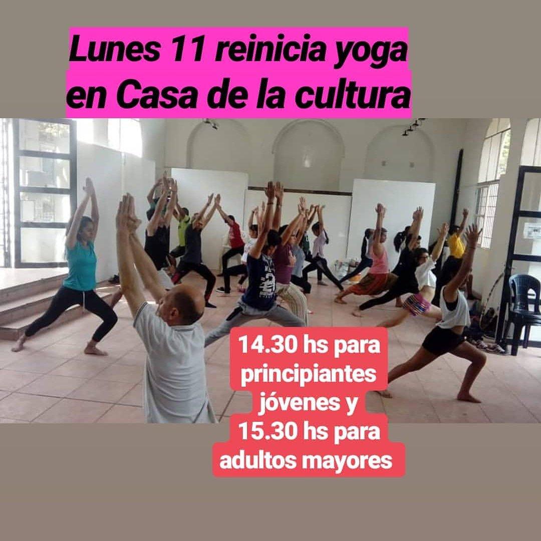 Yoga en los barrios's photo on Lunes 11
