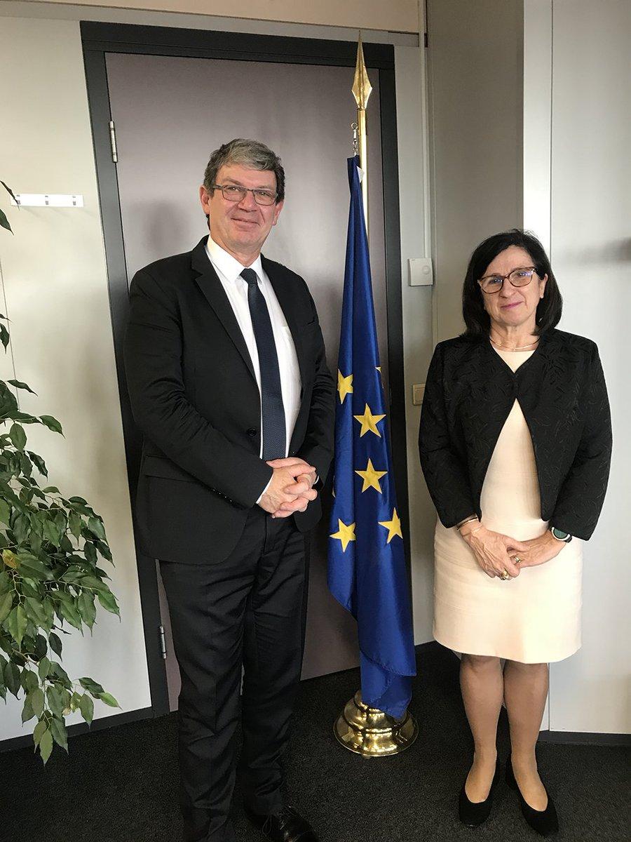 Une délégation de l'@Anses_fr, menée par @RogerGenet, a rencontré ce matin Anne Bucher, nouvelle directrice générale à la #DGSANTE (@EU_Health et @Food_EU).