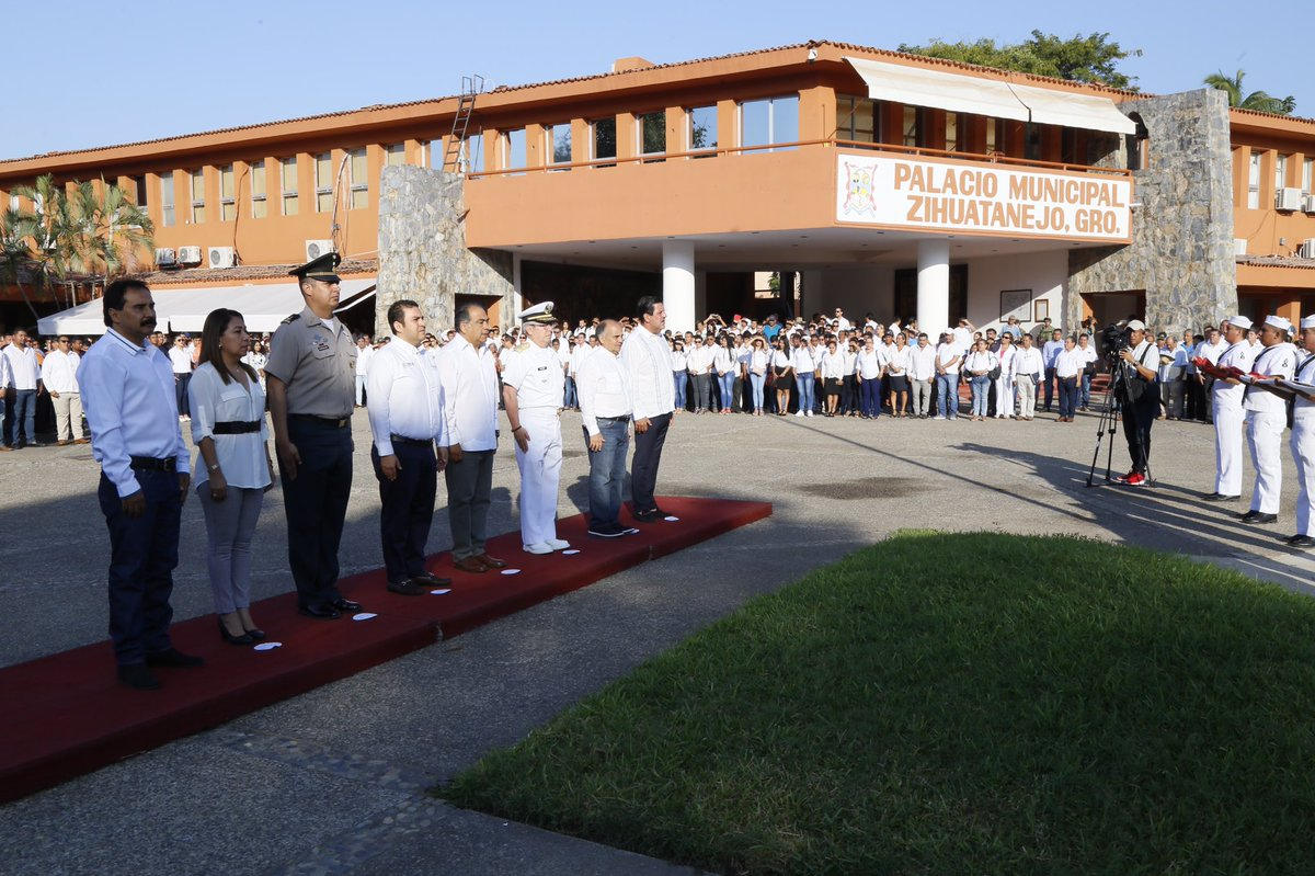 Alejandro Bravo Abarca's photo on Honores a la Bandera